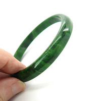 Green Bakelite Bangle. Narrow Stacking Bracelet. Marbled Light Dark Spinach Spacer, Flat & Rounded Edges Vintage 1940s Old Plastic Jewelry