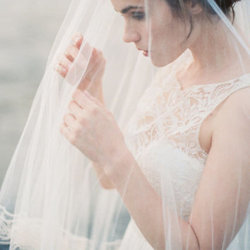 Wedding Veil, Silk Tulle Drop Veil with Vintage Silk Lace, Bridal Veil, Circle Veil, Fingertip- MADE TO ORDER – Style 1614