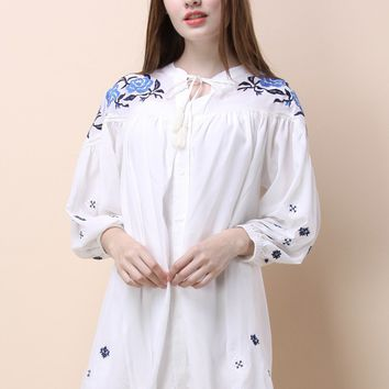 Tranquil Floral Embroidered Tunic in White
