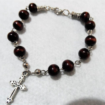 Bracelet with cross - Rosary Bracelet - Small Rosary - Fashion Jewellery - Handmade Jewellery - Elastic Band one size fits all - Black Beads