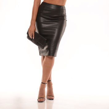 Riley vegan leather skirt (2 colors)