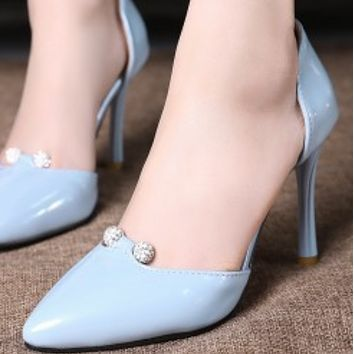 New low - top tip water drill high fine heel shoes