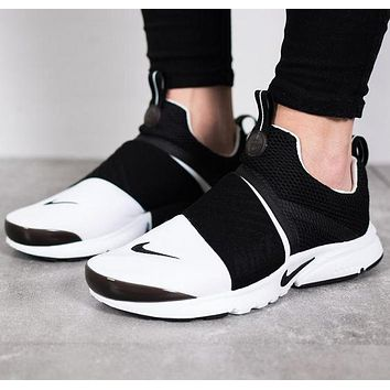 "shosouvenir : ""NIKE"" Women Fashion Trending Black/White Leisure Running Sports Shoes"