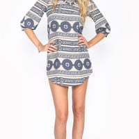 LONG SLEEVE VINTAGE INSPIRED SHIFT DRESS