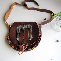 Boho 60's 70's hand made tooled vintage hippie leather shoulder bag purse brown dark red made in Spain festival bag