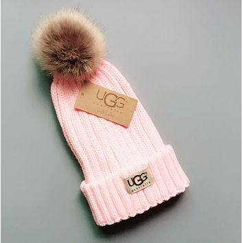 UGG Winter Classic Fashionable Women Men Warm Knit Hat Woolen Cap Pink