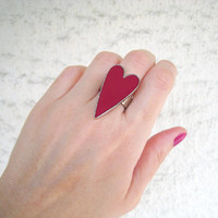 Valentine pink heart statement ring, magenta fuchsia berry rose. Minimal simple modern big bold cocktail silver adjustable glass dome