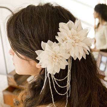 Bridal hair flowers, Hair combs, Wedding accessory, Glass beads, Made To Order - Style 002