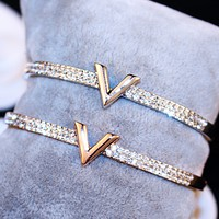 LV Louis Vuitton simple personality exaggerated opening jewelry bracelet F0475-1
