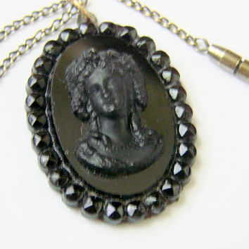 Antique Victorian Hand Carved Whitby Jet Cameo Pendant / Original Chain / Vintage Jewelry / Jewellery