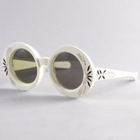 50s Round White SUNGLASSES / Oversized Rhinestone Sunnies