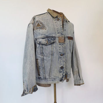 Vintage Mens 1980s Jordache No Exit Distressed Jean Jacket Patchwork Denim Coat Size Large Cotton 1990s Punk Hipster Grunge Blue Jacket