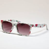 AE Floral Icon Sunglasses | American Eagle Outfitters