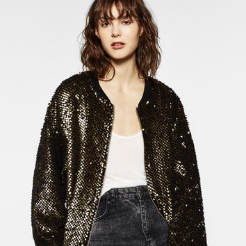 SEQUINNED BOMBER JACKET DETAILS