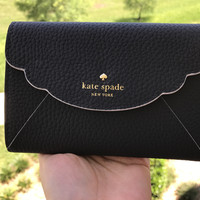 NWT Kate Spade Leewood Place Kieran Trifold Black Wallet White Trim $168