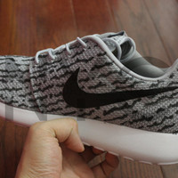 Nike Roshe Run One Grey Yeezy Low 350 Boost Custom Men Adidas 3M Laces