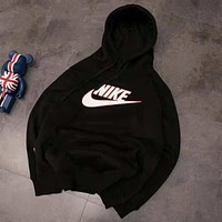 NIKE autumn and winter new plus velvet couple sports and leisure hoodies black