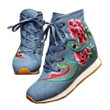 Vintage Beijing Cloth Shoes Embroidered Boots blue 35