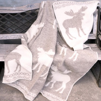 Scandinavian Pure New wool throw blanket Moose 130x200cm - 51x78 inches Reindeer - Ecru white