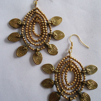 "Naga India Earrings ""Pinwheel"" in Brass or Silver"
