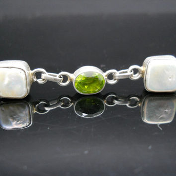 Chunky Bracelet Sterling Silver Mother Of Pearl Green Crystal 7.5 Inch Toggle 925