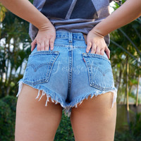 High waisted shorts Levi cheeky distressed denim