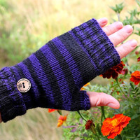 """Fingerless Mittens """"Witch Queen""""  in purple and black stripes - handknitted from quality yarn, convertible, perfect gift for her, halloween"""