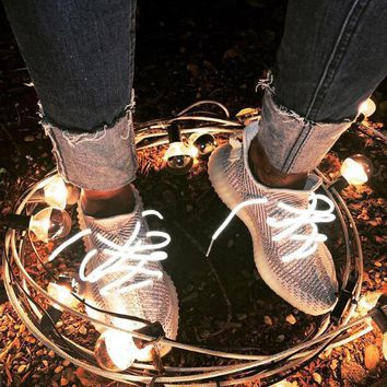 Adidas Yeezy 350 V2 Boots Static Fashionable Womne Men Casual Sport Running Shoes Sneakers