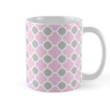 Pink White and Grey Quatrefoil Pattern by TigerLynx