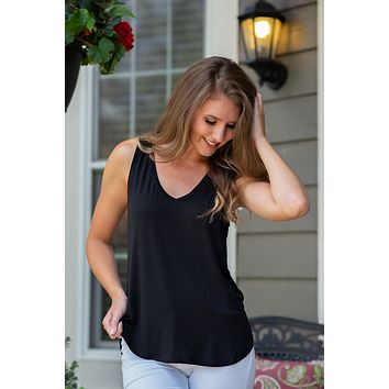 Demi Basic V Neck Tank : Black