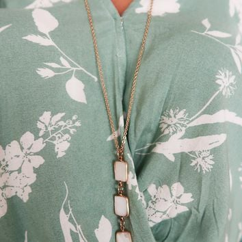 Square Off Necklace: Ivory/Gold