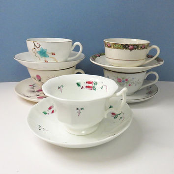 Vintage mismatched tea cups and saucers - cottage chic - Unique favors - Wedding favors bridal-party favors - Instant tea set collection