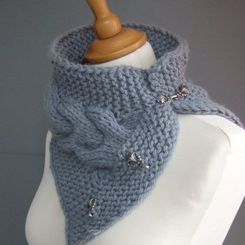 Cable cowl / neckwarmer in grey  made to order by CozySeason