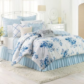 LC Lauren Conrad Forget Me Not Comforter Set (Blue)