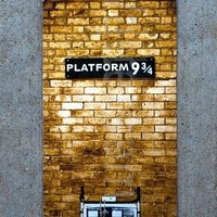 Platform 9 3/4 Bookmark - Harry Potter's Gateway