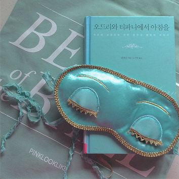 delicate Tiffany blue color satin sleep mask with a organza bag inspired by Audrey Hepburn's Breakfast at Tiffany's