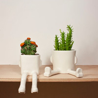 Sitting and Sprawl pots