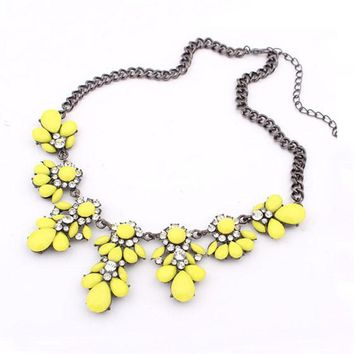 Vintage Flower Crystal Bubble Bib Choker Statement Women Necklace YE