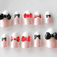 3D nails, fake nails, kawaii nails, big bows, pink, black, red, white, french nails