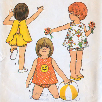 1970s Toddler Girls Easy Reversible Pinafore, Shorts & Bloomers Vintage Sewing Pattern, Butterick 6682 Girls Size 6 months