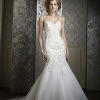 Style 883 | Sapphire Bridal Gowns | Alfred Angelo
