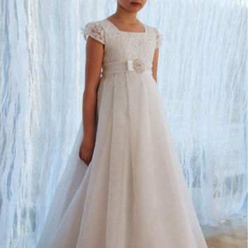 2017 Short Sleeve Lace Flower Girl Dresses for Weddings Vestido de Comunion First Communion Dresses for Little Gils Pageant F288