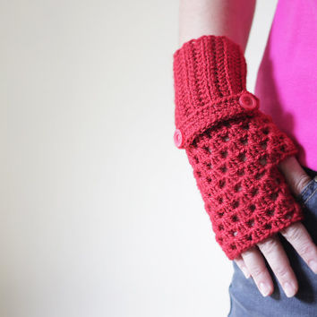 Women Fingerless Gloves in red, Crochet fingerless gloves, Fingerless mittens, crochet mittens, wrist warmer
