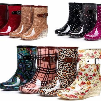 Fashion jelly women heel rain boots middle tube non-slip