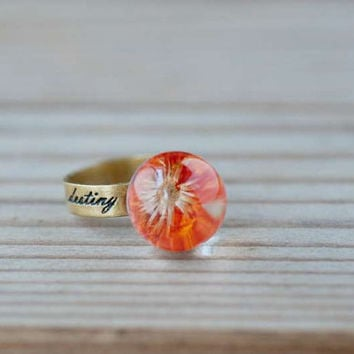 Pressed Flower Ring, Stamp Band, Resin Ring, Orange Dry Flower Ring, Glass Dome Ring - Orange Daisy Ring