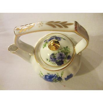 Fine Porcelain Fielder Keepsakes Blue Rose Teapot