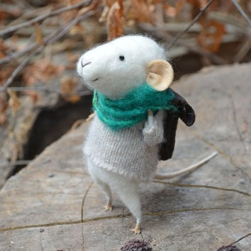 Little Traveler Mouse withTurqouise Scarf and bag - Felting Dreams - READY TO SHIP