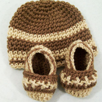 Beanie Hat and Shoes -Baby Boy Gift Set-Crochet Brown and Tan-Baby Shower Gift-0/3M--#127
