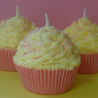 Cupcake Candle, Pink Lemonade Scented, Soy Wax