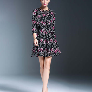 YuJia Two Piece Embroidery Dress Set
